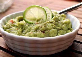 Low Carb Rezept | Avocado-Dip mit Limette