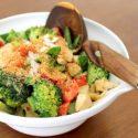 Low Carb Rezept | Asiatisches Kokos-Gemüse mit Hähnchenbrust