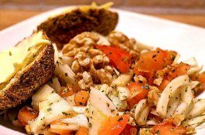 Low Carb Rezept | Kräuter-Fenchel-Tomaten-Salat