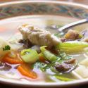 Low Carb Rezept | Rinderbrühe mit Gemüseeinlage und Meerrettich