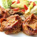 Low Carb Rezept | Schweinefilet im Schinkenmantel mit Champignons