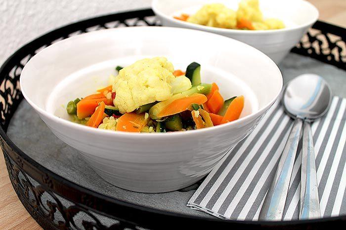 Vegatarisches Low Carb Rezept | Blumenkohl-Curry