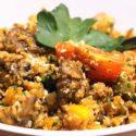 Vegetarische Low-Carb-Gemüse-Pfanne mit Blumenkohlreis