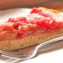 Low Carb Rhabarber-Erdbeer-Kuchen