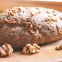 Low Carb Eiweißbrot mit Walnüssen (für ketogene Diät geeignet)