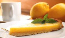 Low Carb Zitronentarte mit Mandelmehl