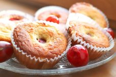 Low Carb Stachelbeer-Muffins